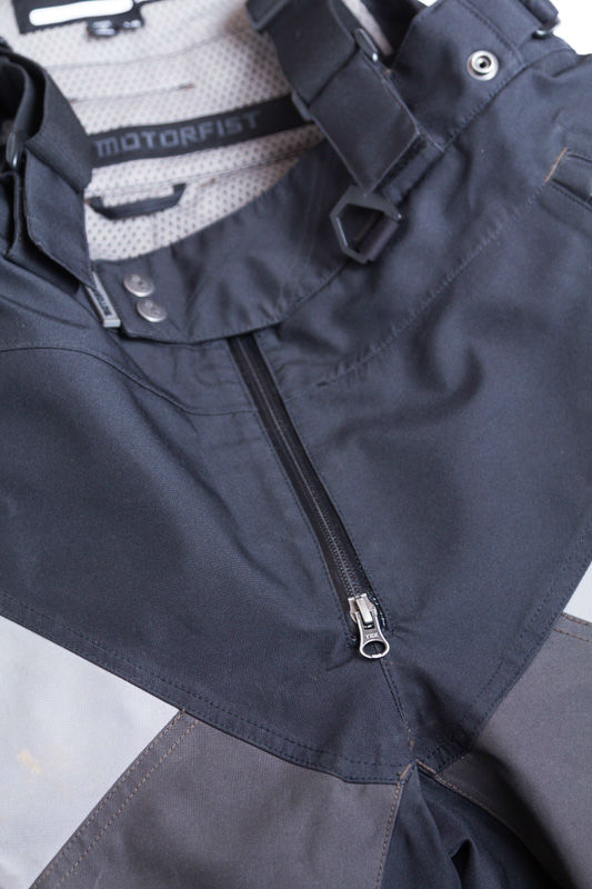 The front-zip is great for hassle-free number 1's.