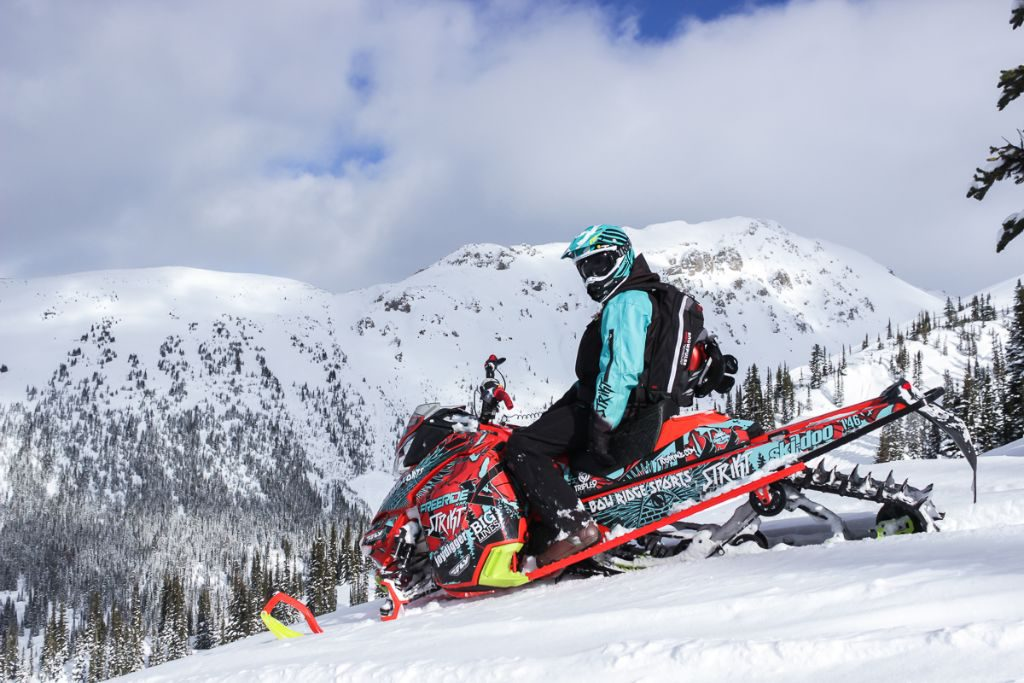 Yes, this post does eventually talk about sledding. Keep reading!