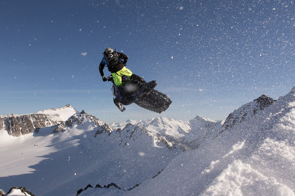 Ice is the spice of life: On the Catamount glacier with Sleddermag