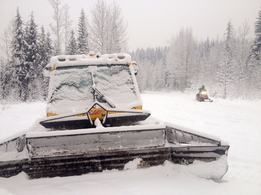 We love seeing the groomer out on our trails!