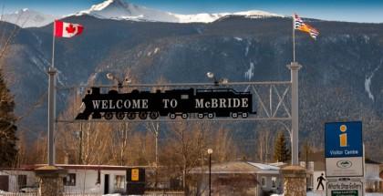 Snowmobiling in McBride
