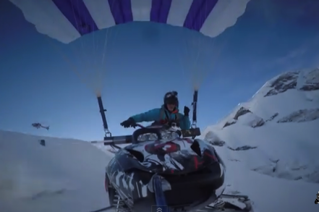 Video: StuntFreaksTeam Flying Snowmobile Off Mountain