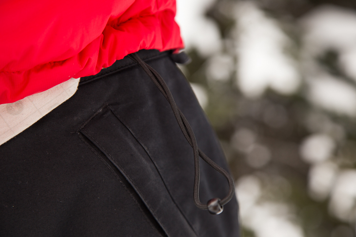 Cinch these bad boys in to keep the cold air out.