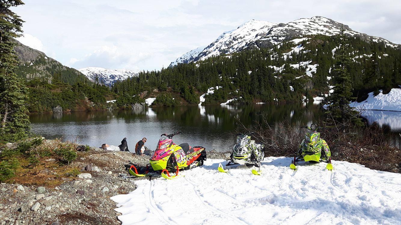 Late-season-riding-Colin-Portice-lake
