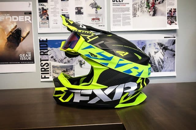 FXR Blade 2.0 Carbon Vertical Helmet – First Look out of the Box