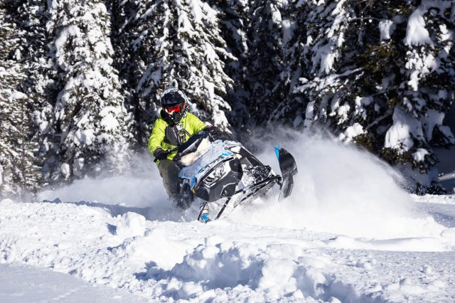 Ski-Doo Summit SP 600R