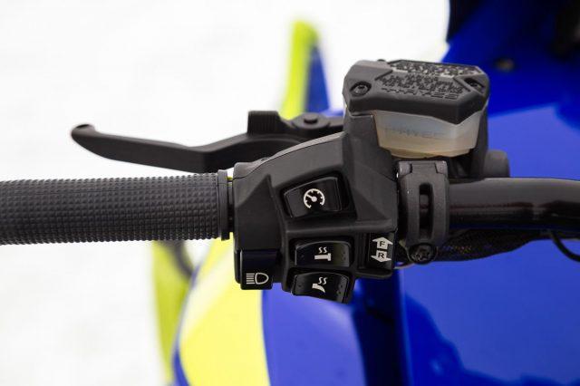2019 Sidewinder M-TX Handlebar Controls