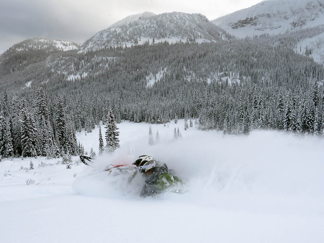 Snowmobiling in the southeast Kootenay-6