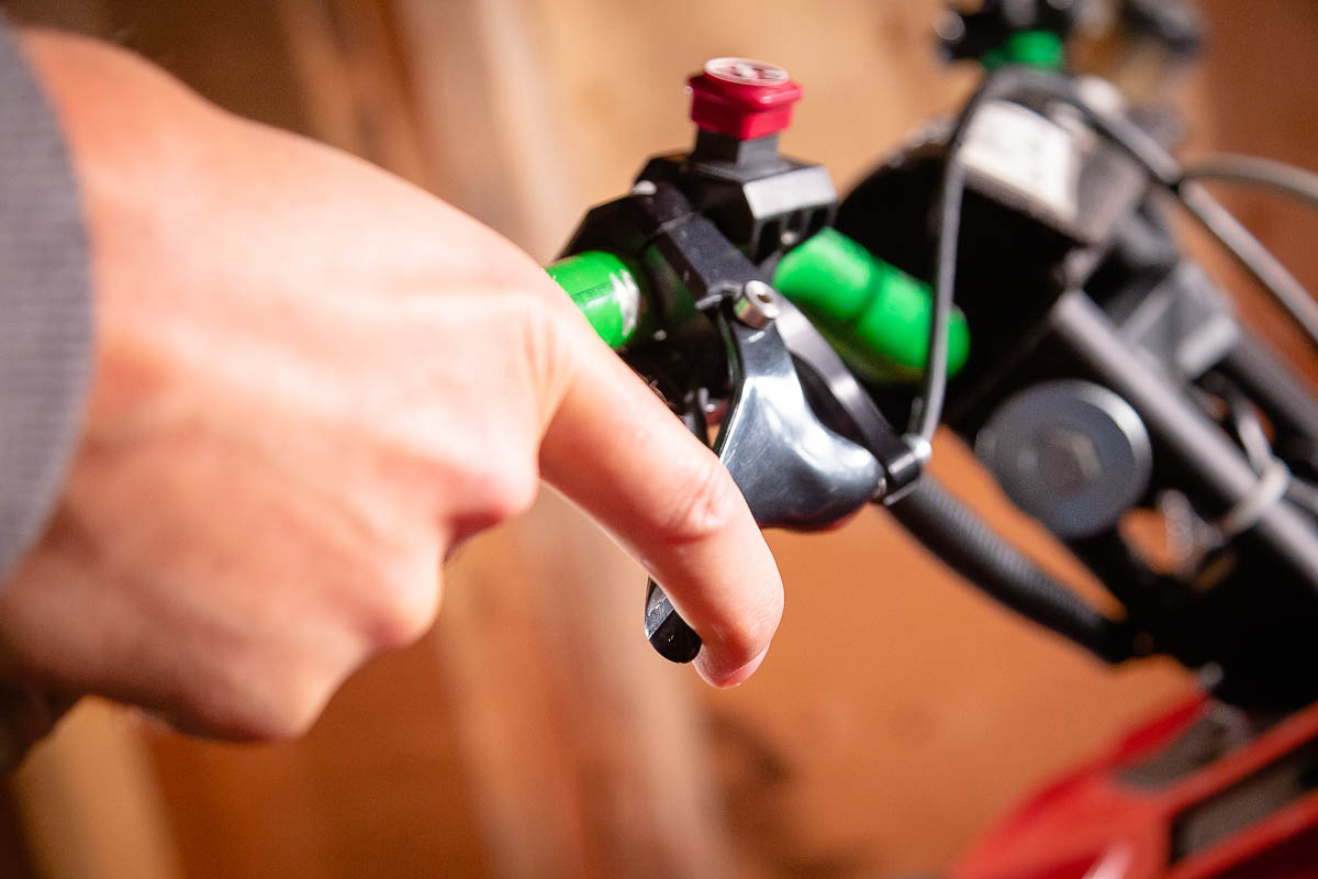 Munster Finger Throttle Review-3