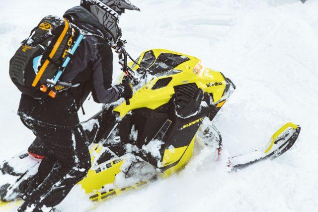 Ski-Doo Summit 850 E-TEC Turbo 07