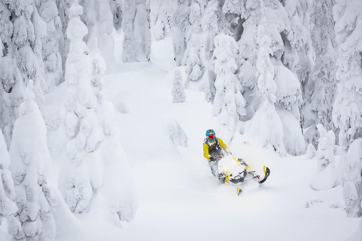 First Ride! Ski-Doo Summit 850 E-TEC Turbo