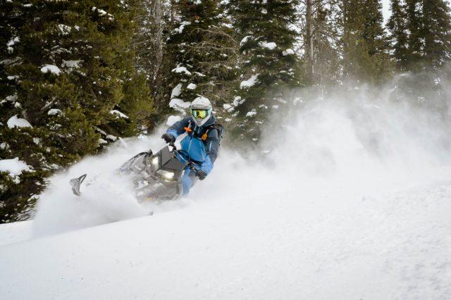 Polaris RMK Khaos Snowmobile_-2