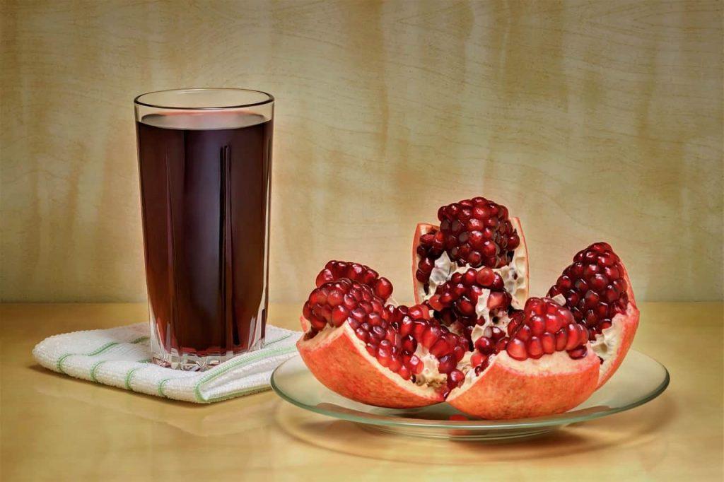 Sledder Social Media Behaviour Pomegranate