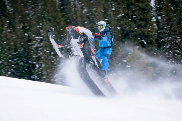 VIDEO – First Ride! Ski-Doo Summit 175 TURBO!