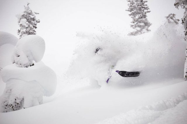 Farmer's Almanac Winter 2021 Forecast Predicts White and Wild Winter out West