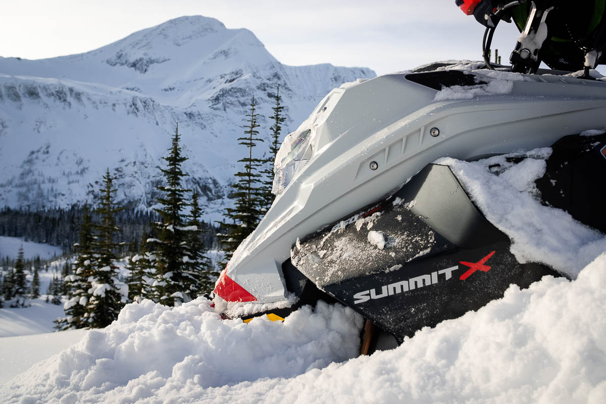 Ski-Doo Summit 850 Turbo Review_-2