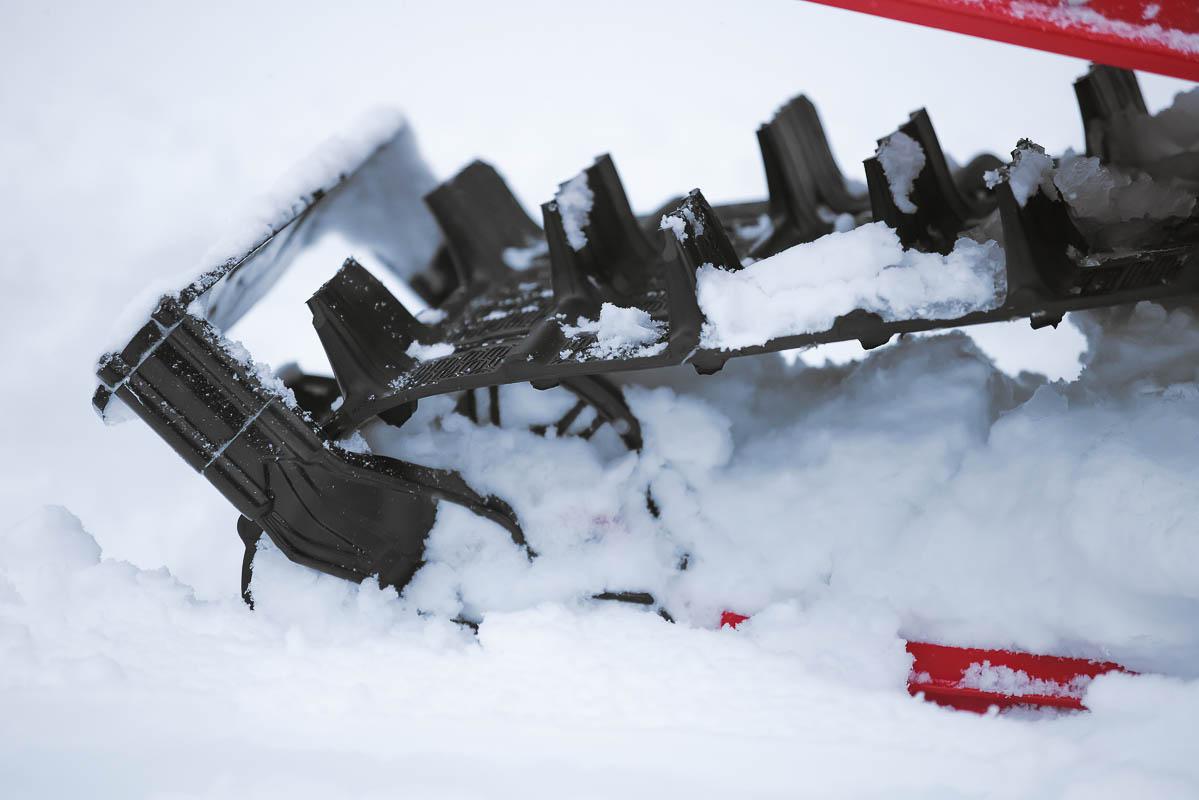 Lynx rear axle snow guard