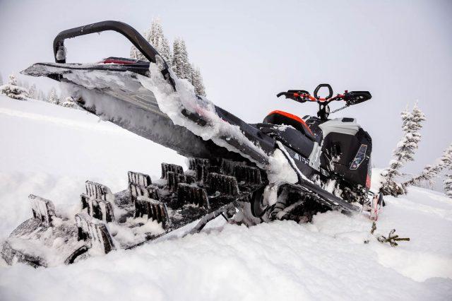 Snowmobile Development Ski-Doo Expert_